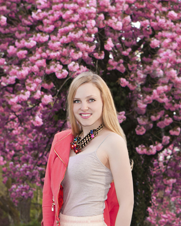 Alina Spiegel, Cherry tree shooting, Colors of Spring