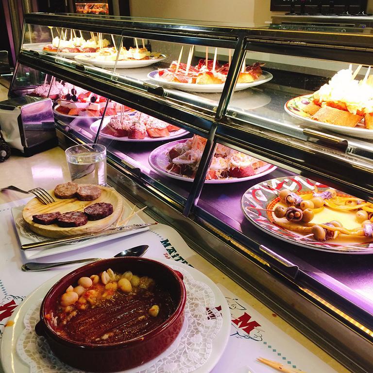pinchos bar MaiTea in Barcelona